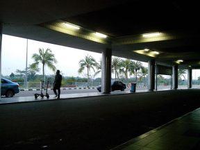 05 bandara waktu pagi